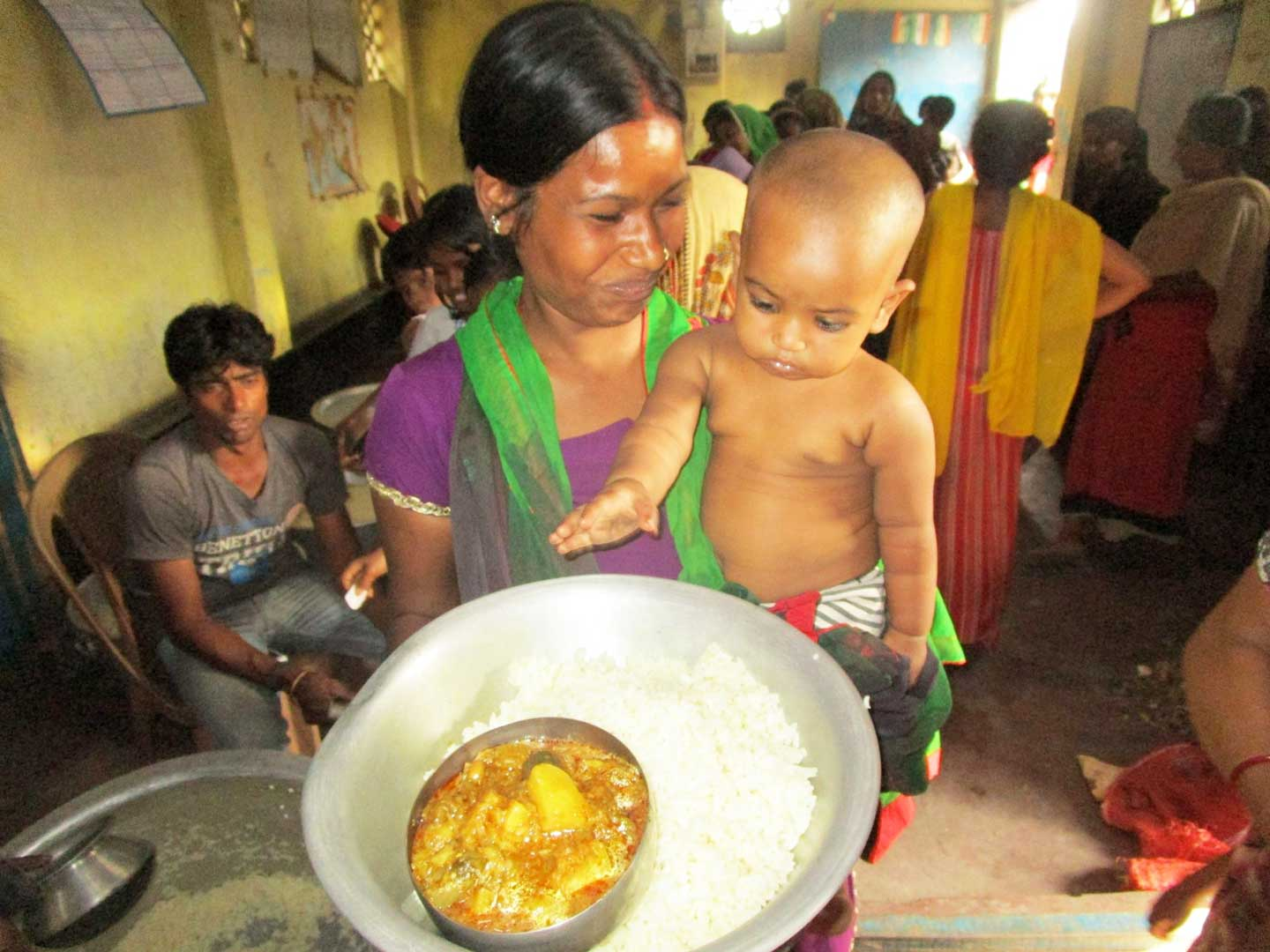 A Weekly Meal For 450 Ragpickers In Kolkata India